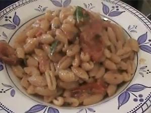 Gnocchetti sardi e patè di olive nere bio